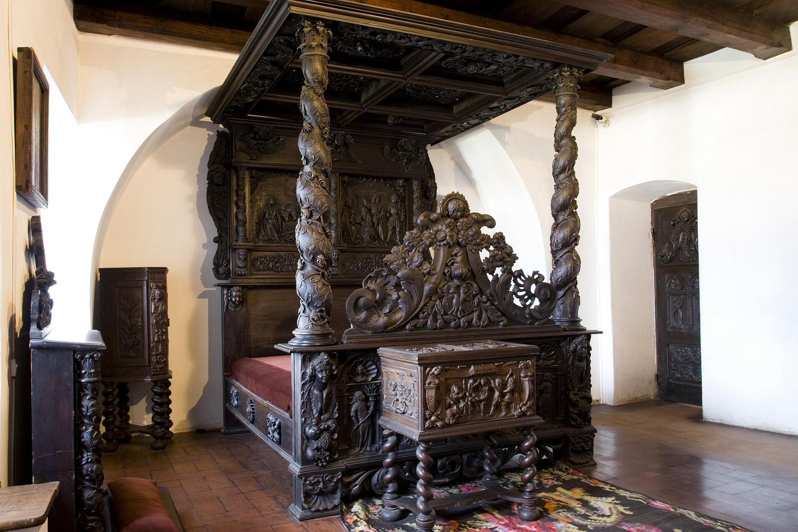 Castele din Carpati: Castelul Bran – Spa Living