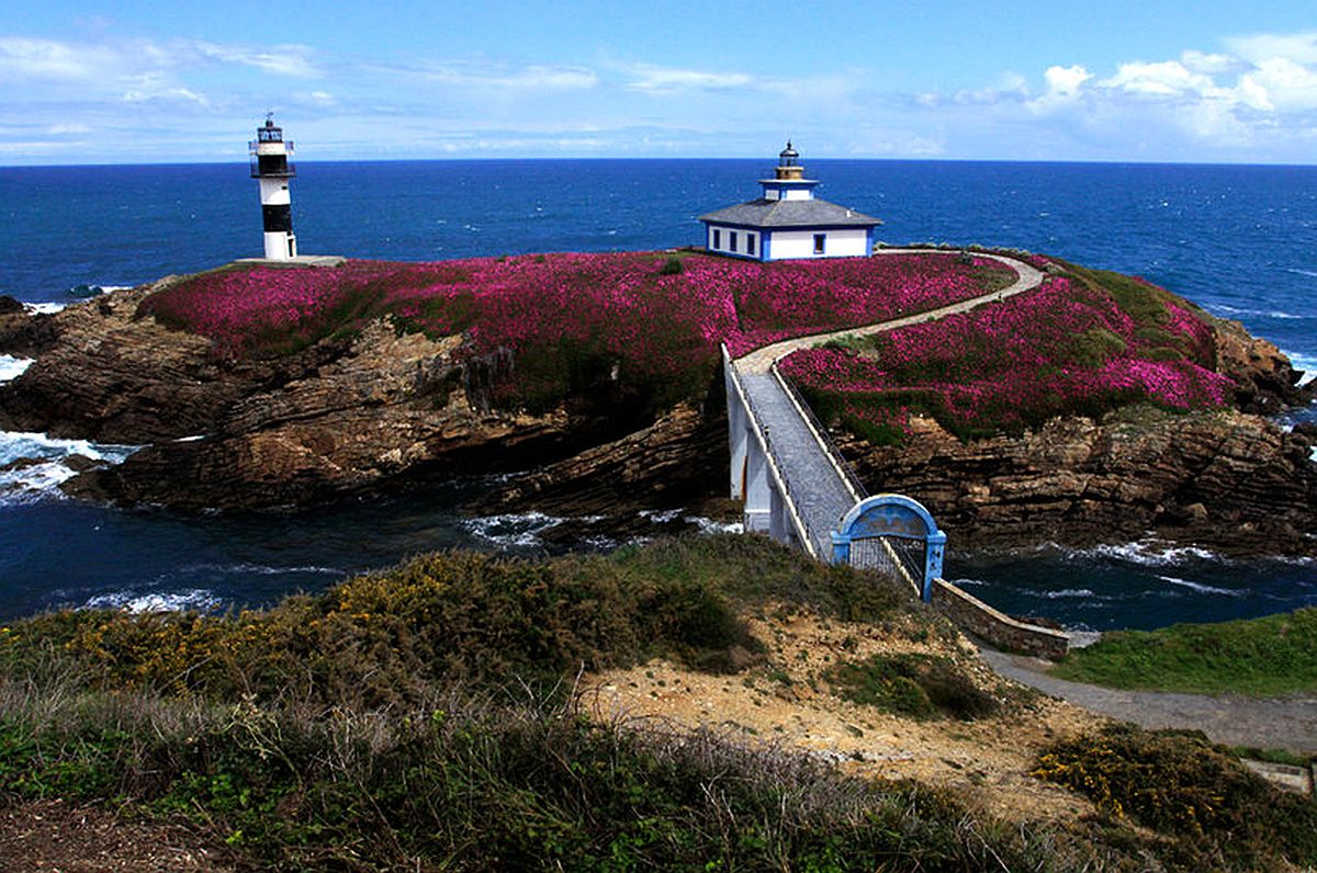 The lighthouse at Ribadeo in Galicia. Photo by Herzen Cortes