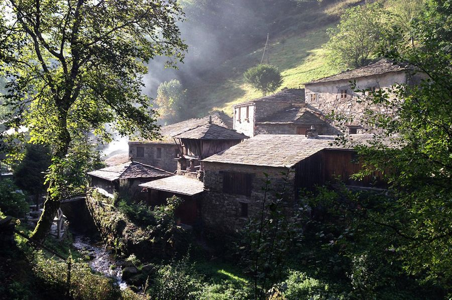 A restored mill on a mountain stream at Teixois near Taramundi. Photo by Ford Cochran