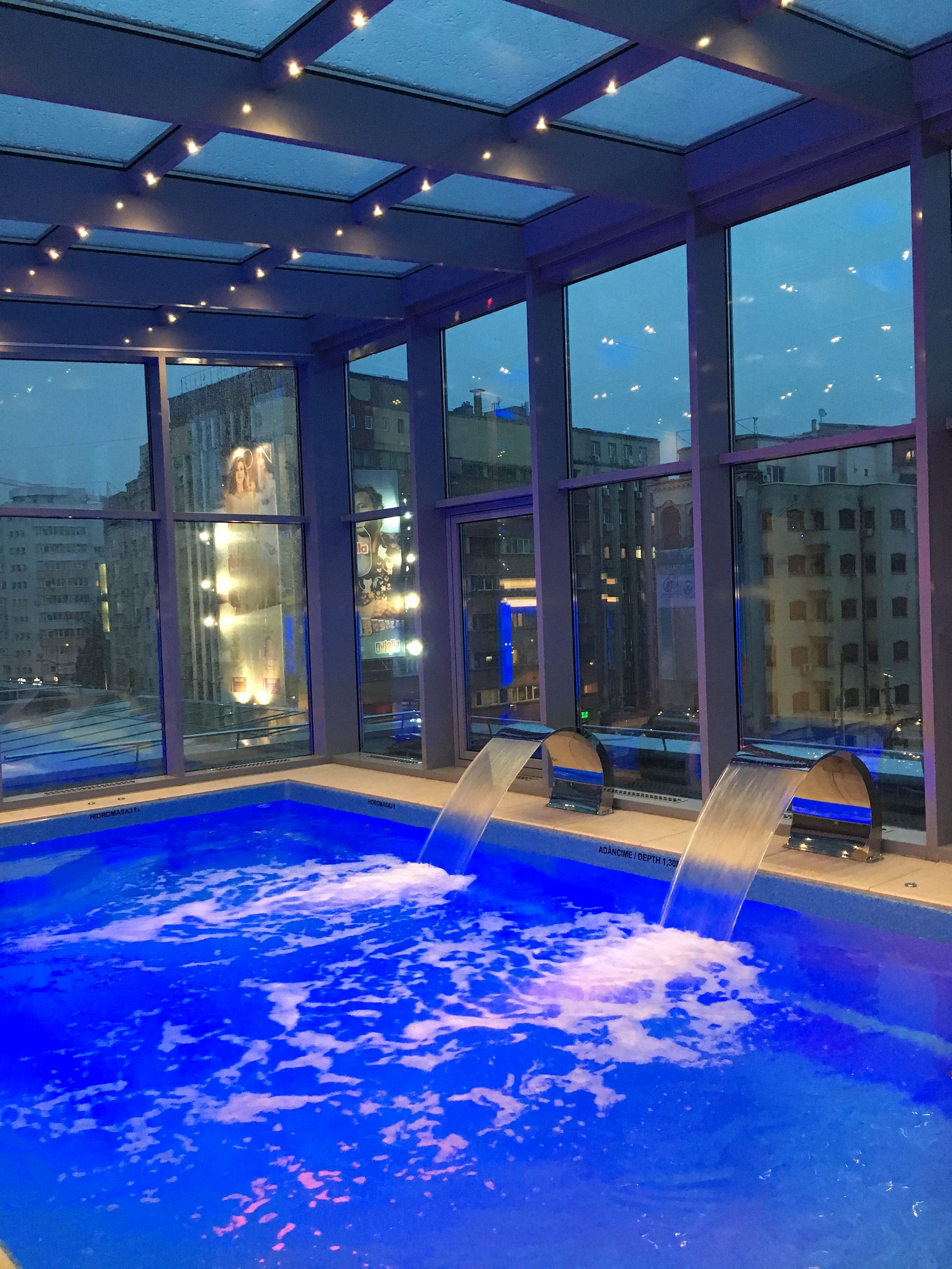Skyview Pool Amp Spa In The Middle Of Bucharest Spa Living
